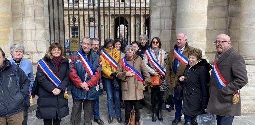 Le collectif des maires anti-pesticides devant le Conseil d'Etat