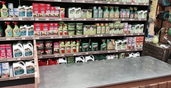 Mise au poin(g) : A Jardiland, les pesticides jouent à cache-cache avec les médi
